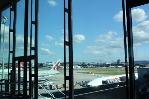 View from ZRH Terminal E52 of Swiss Air 052