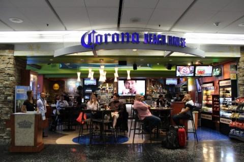 Corona Beach House - MIA Airport