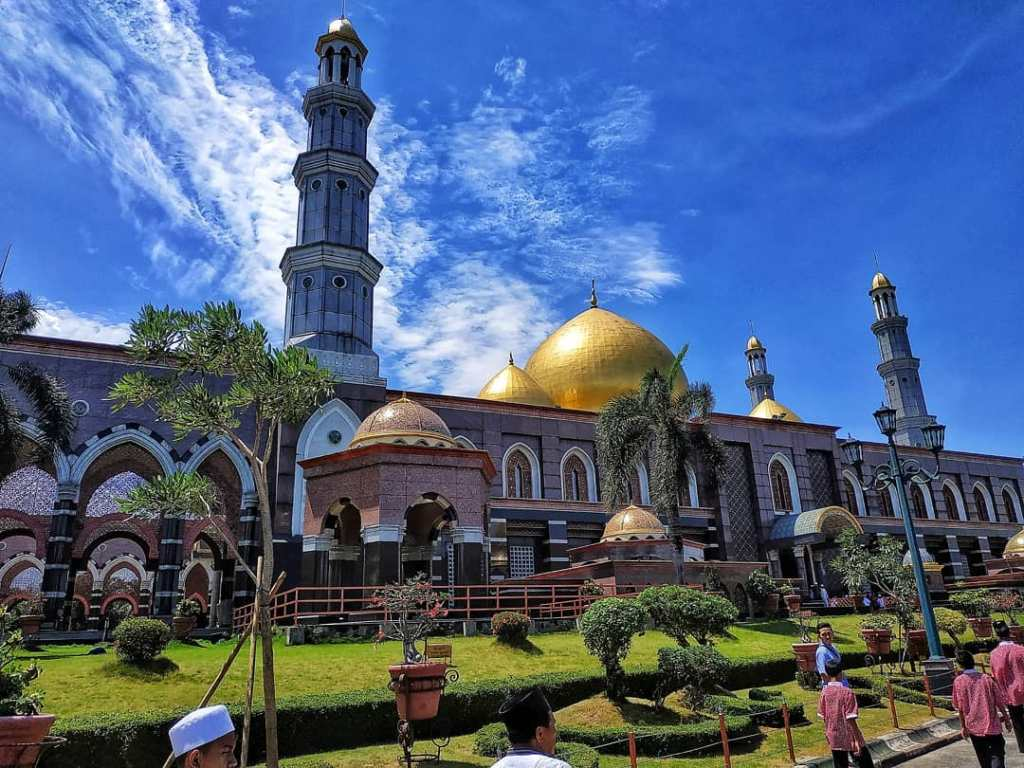 Dian Al Mahri Mosque (also known as The Golden Dome Mosque)