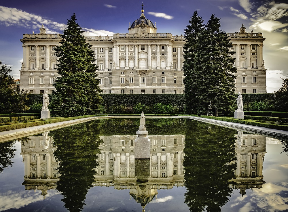 Add Royal Palace of Madrid in Your Spain Itinerary