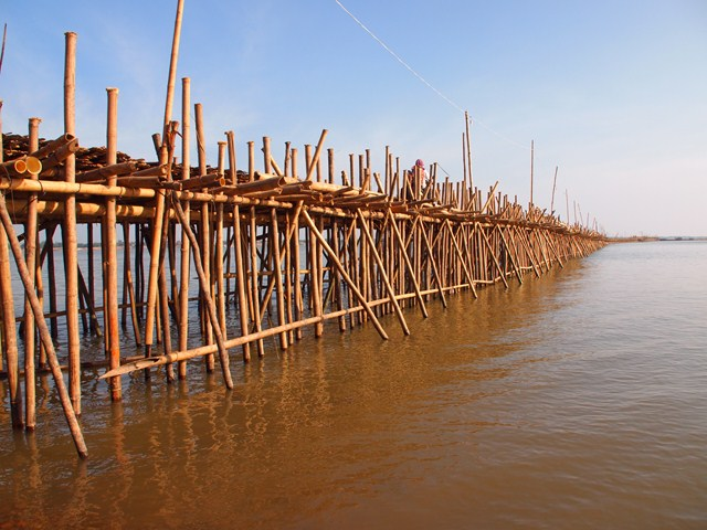 The bridge between Kompong Cham and Koh Pan is constructed each year by hand.