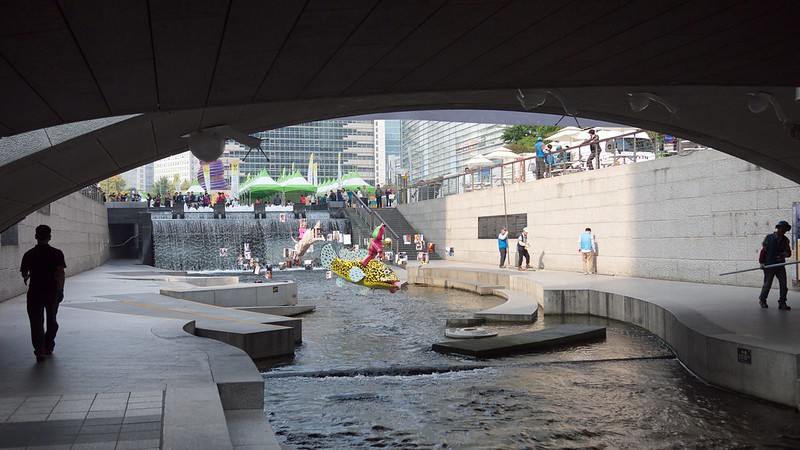 Things To Do When You Visit Seoul For First Time Visitors, Cheonggyecheon