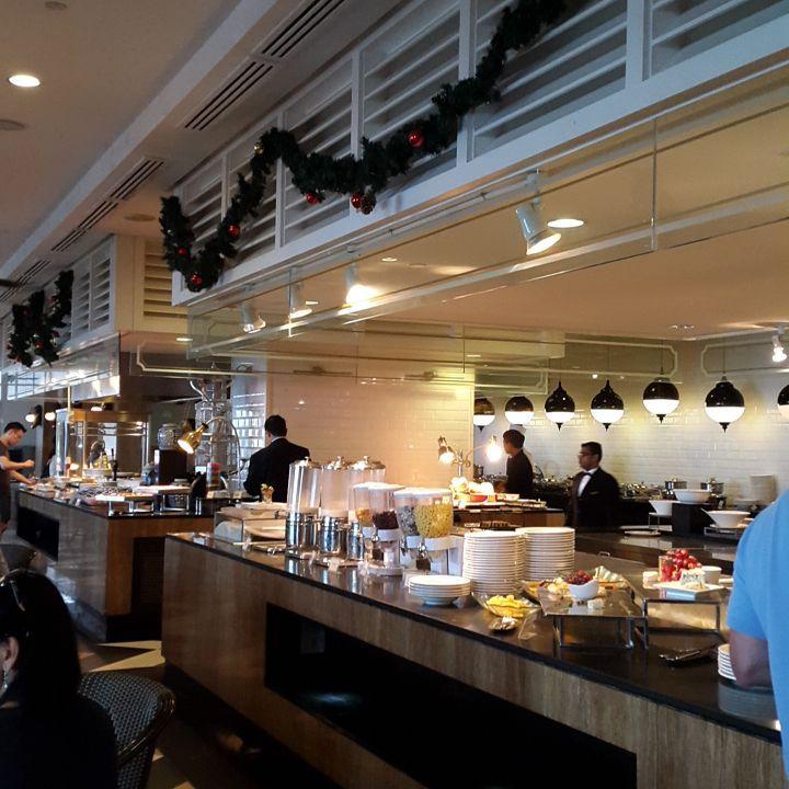 10 Best Halal Buffets In Penang Below RM100, Sarkies Corner