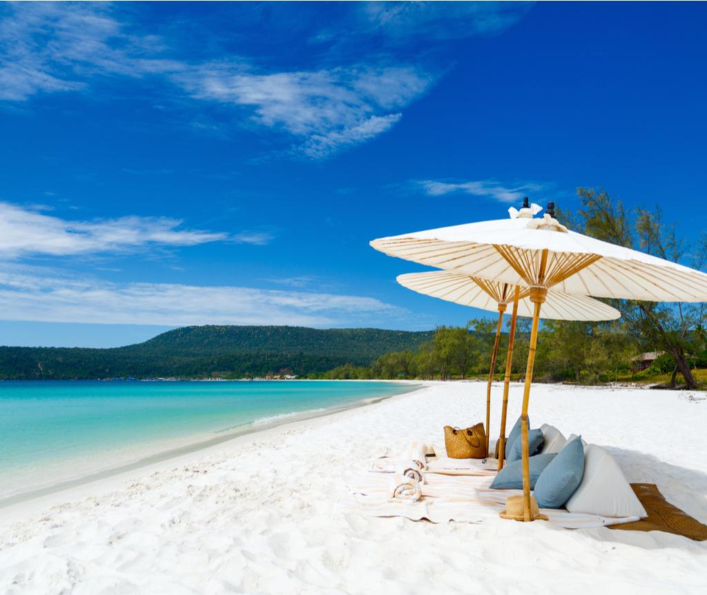Pulau Koh Rong adalah sebuah pulau di Sihanoukville, Cambodia.
