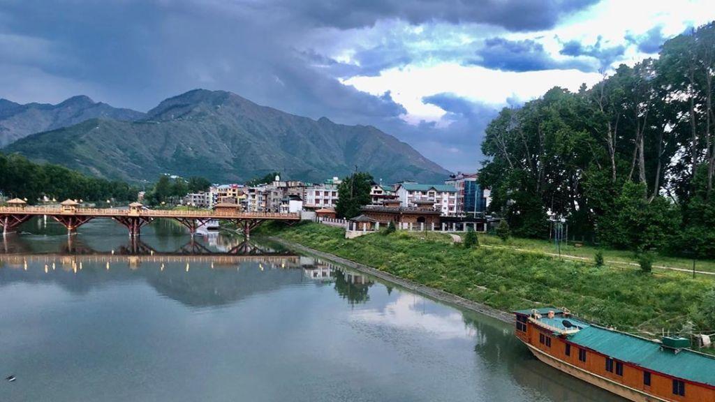 Zero Bridge in Kashmir