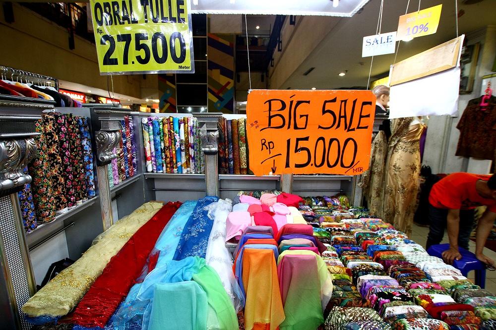 Dream Destinations Shopaholic, Bandung