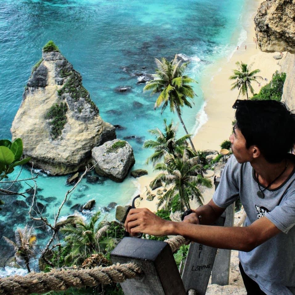 Bali Kembali Dibuka