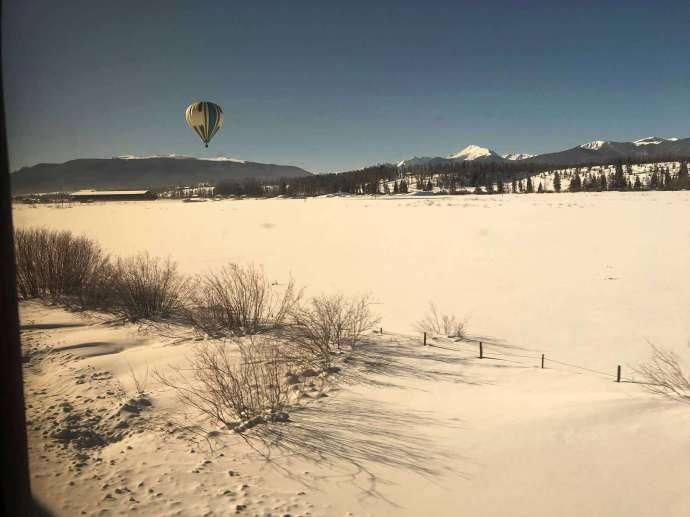 剛好看到熱氣球