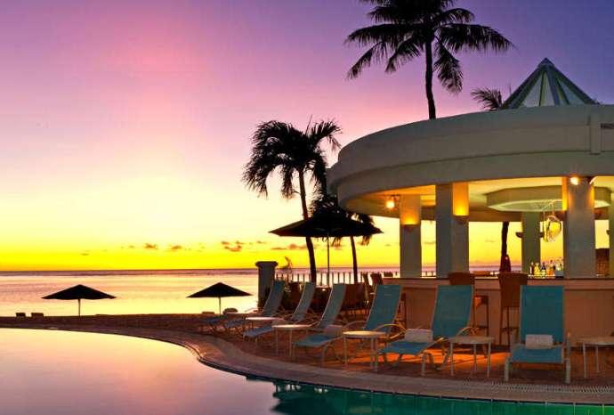 可以在 Westin Resort Guam 免費享受到夕陽海景絕對是值得辦卡的一大理由!