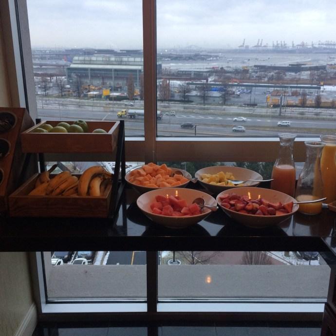 lounge breakfast3