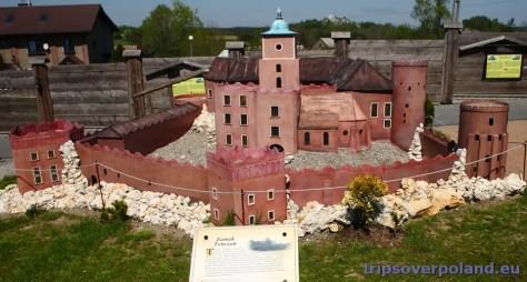 Podzamcze - Zamek Ogrodzieniec'2012