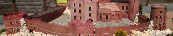 Piękne, ciekawe, tajemnicze miejsca w Polsce albo puste krajobrazy pozbawione śladów historycznych budowli