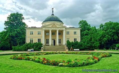 Pałac w Lubostroniu'2003