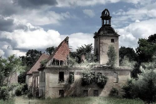 UPIÓR. Żarska Wieś - autor: Hannibal Smoke