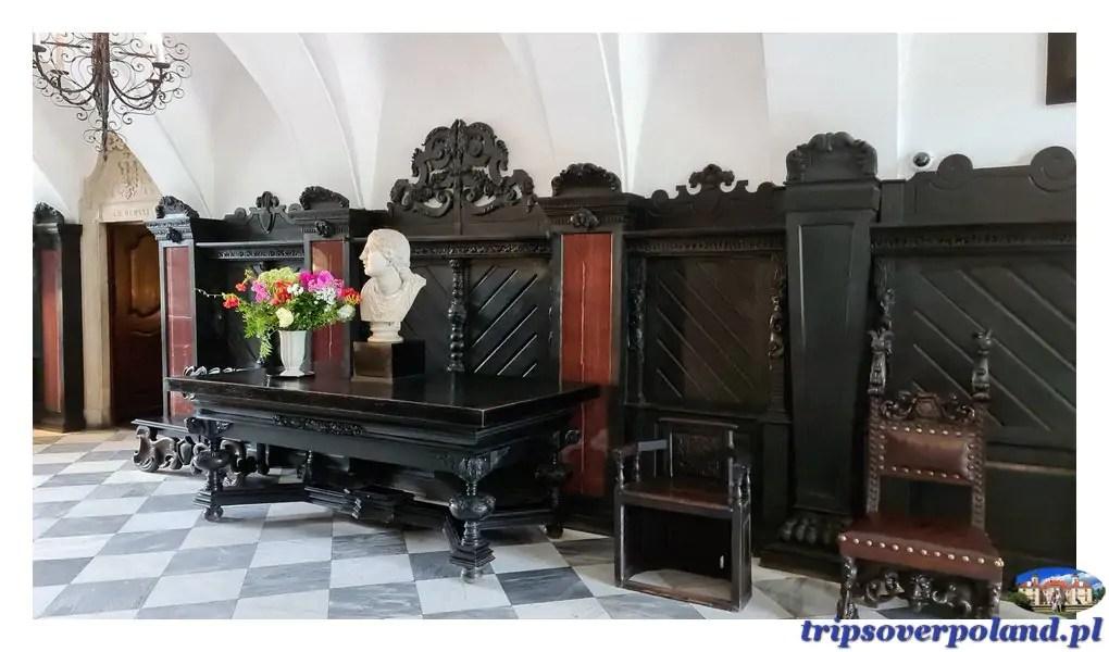 Pałac w Nieborowie'2021- sień główna i głowa Niobe