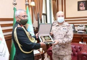 Army Chief General Narwane's visit to Saudi Arabia will strengthen cooperation in defense sector: Indian Army