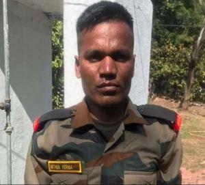 Fake soldier caught wearing uniform in Madhya Pradesh