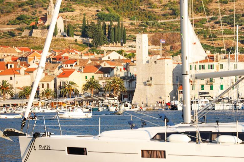Sailing Holidays with Tubber in Croatia