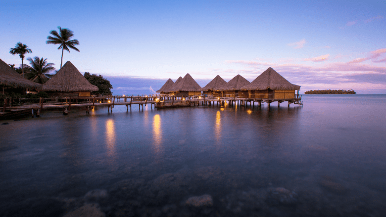 Accommodaties op het water in Raiatea in Frans Polynesië