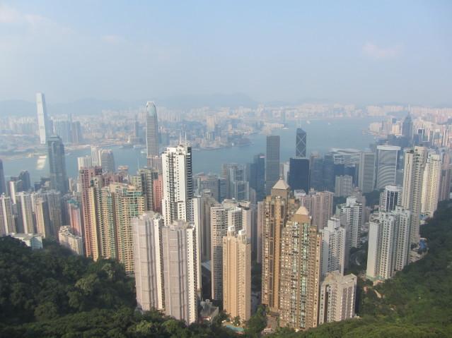 """Von der """"The Peak"""" Aussichtsplattform hat man einen tollen Ausblick auf Hongkong."""