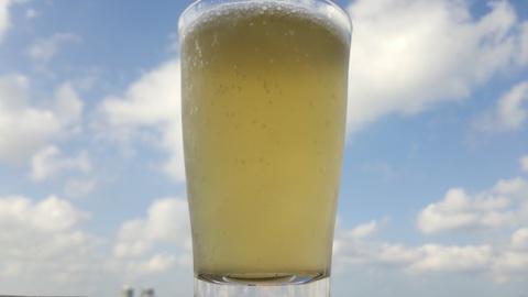 昼間からビール?