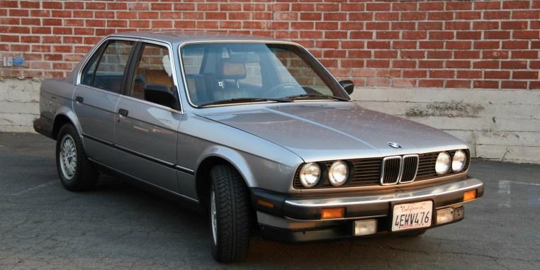 BMW_325_1987_E30