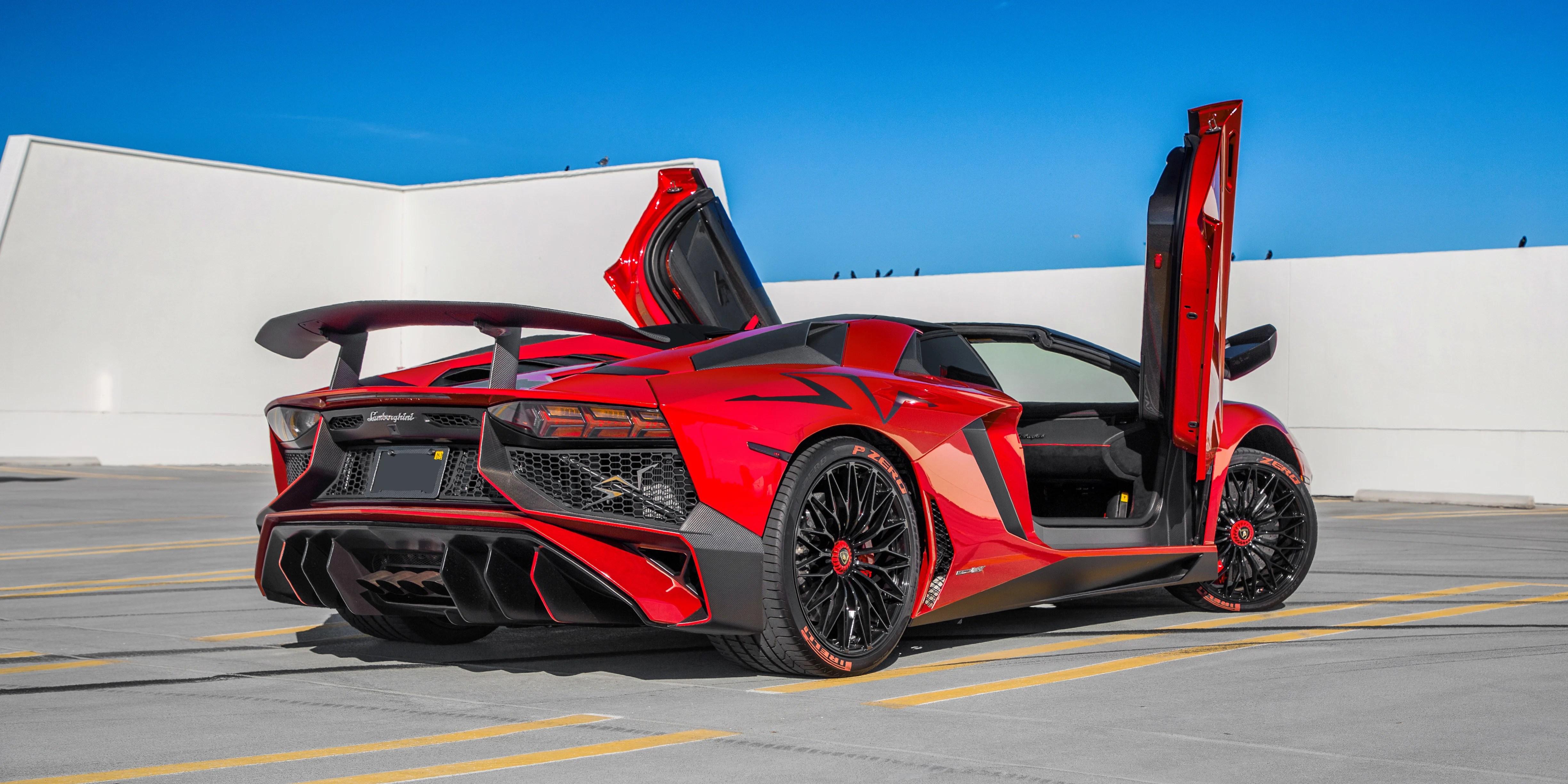 February Car Of The Month Lamborghini Aventador Sv Roadster Field Notes The Turo Blog