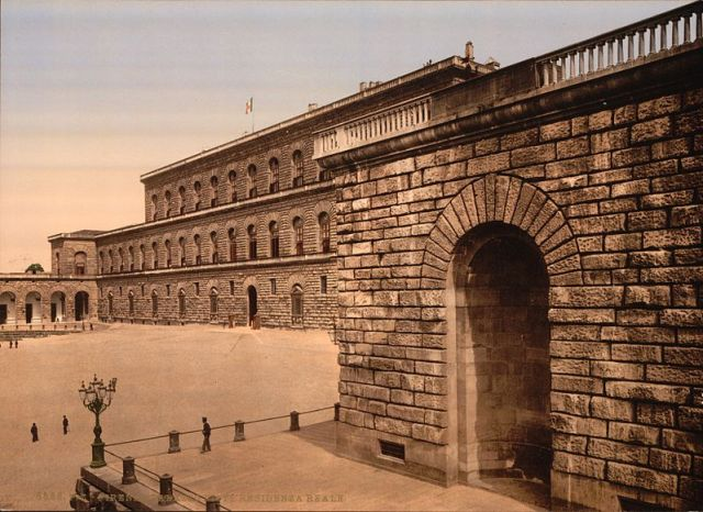 01 Palazzo Pitti at the beginning of the 20th century following the residency of King VEII