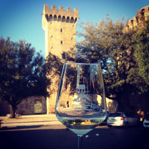 05 Benvenuto Vermentino and the tower, credits Chiara Gallo