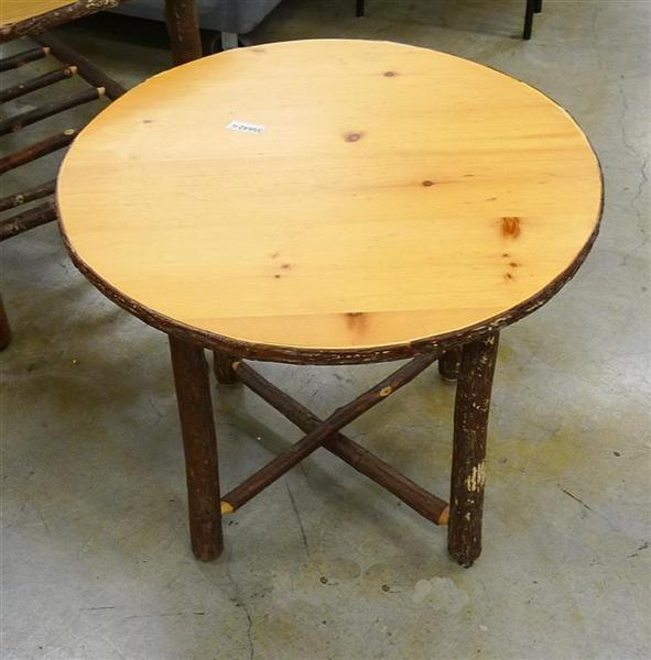 Hickory Round Table