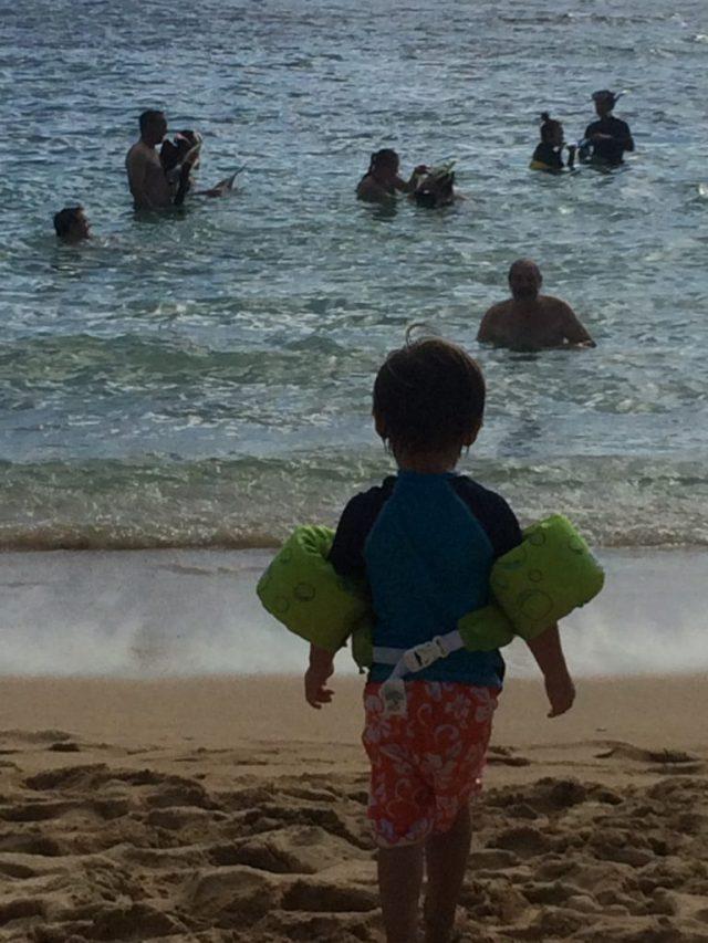 At the Hanuma Bay beach
