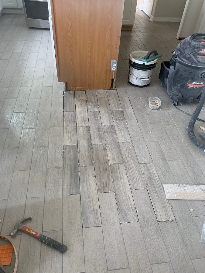 Mortaring in the tile