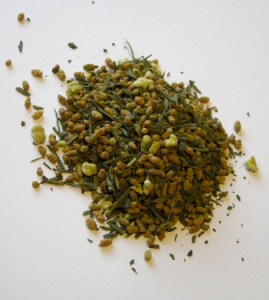 A pile of Genmai Matcha tea.