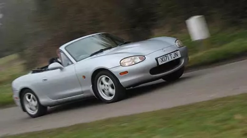 Mazda MX5 (C) Motoring Research