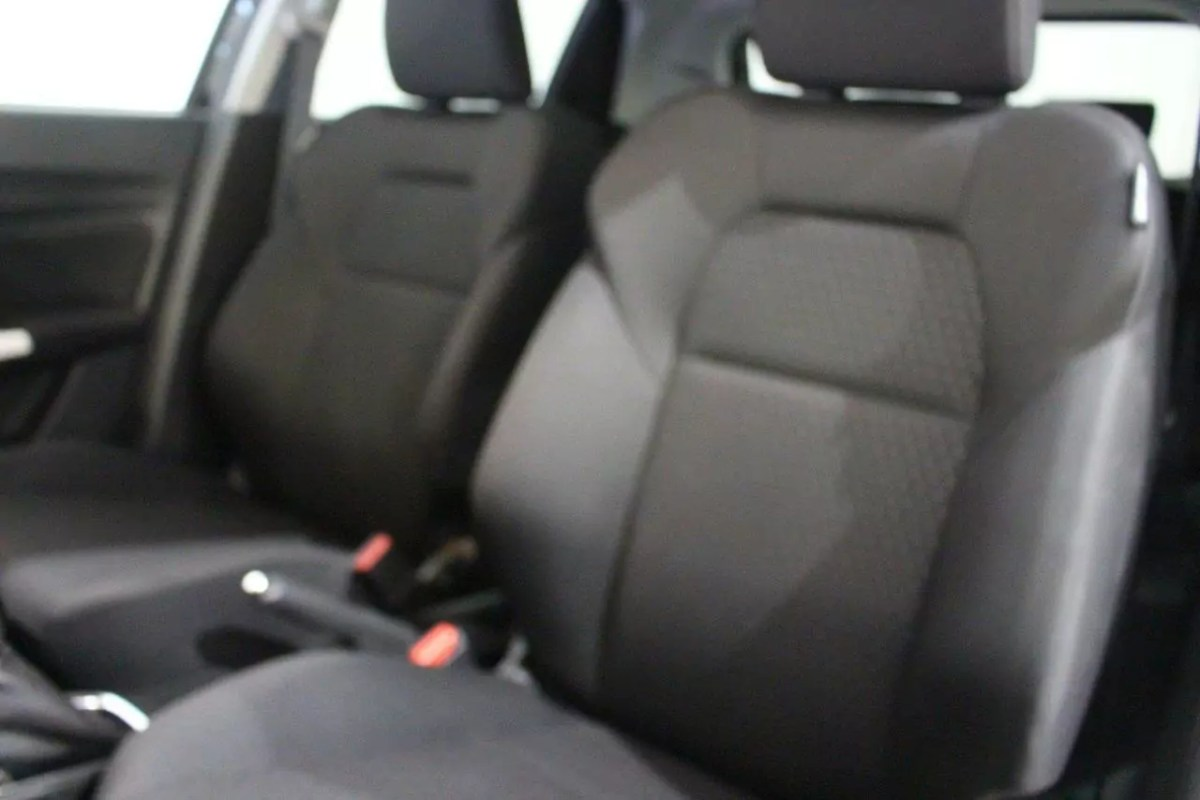 How to: remove stubborn stains from your car seats