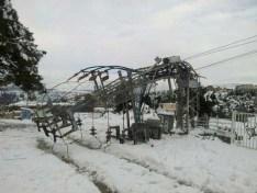 עמוד חשמל שקרס