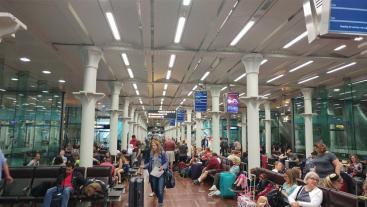 טרמינל הרכבת בלונדון, כמו שדה תעופה