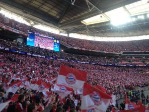 Bayern-Kurve in Wembley
