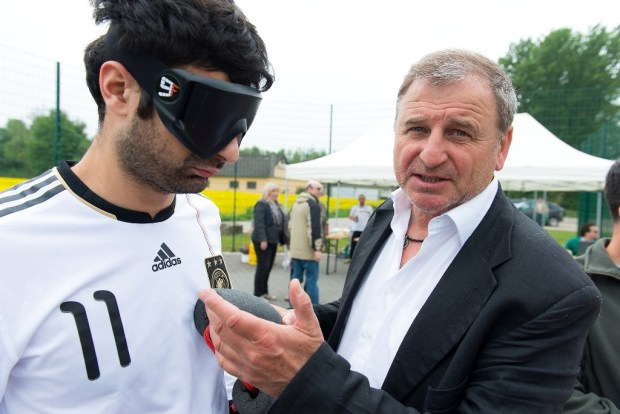 Serdal Celebi und Coach Ulrich Pfisterer - (c) Carsten Kobow