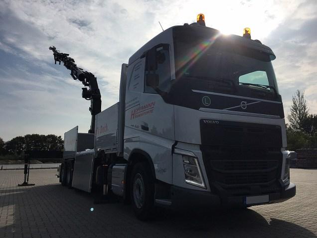 Hoffmann-Transporte-Kiel-Volvo-FH-420-1