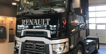 2018-02-arne-belkin-renault-t-1