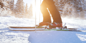 Image of a man's feet skiing