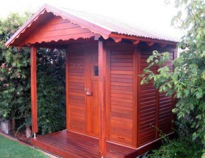 Ukko Cedar Log Sauna 2x1.5m