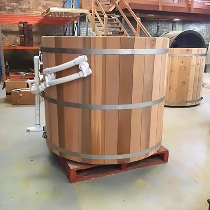 Ukko tub assembled on a pallet