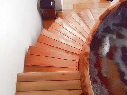 Tub stairs