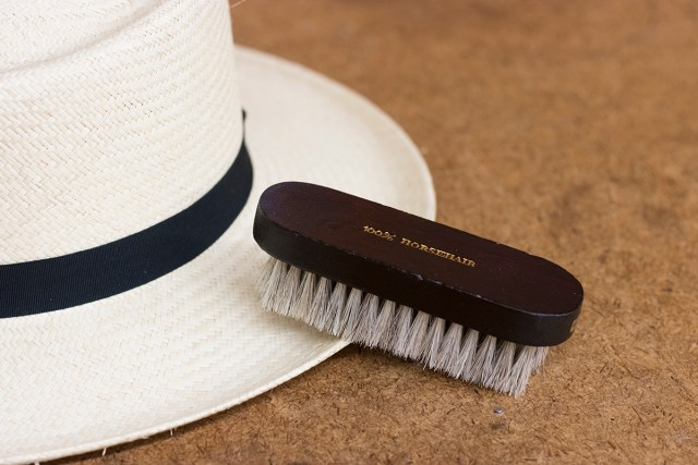 hat brush