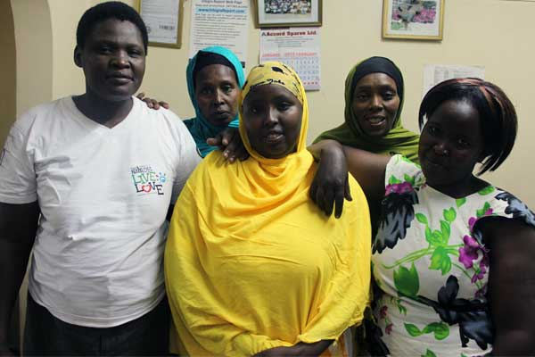 Kenyan mothers from diverse faiths work together through Unbound mothers groups.