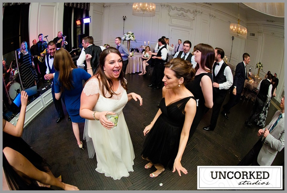 UncorkedStudios_DowntownClubWedding_115