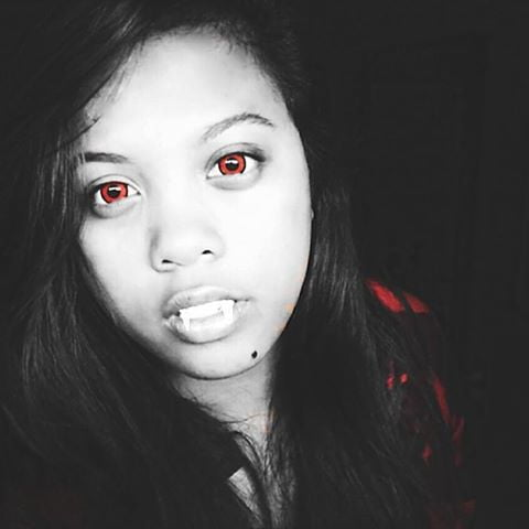 Red Halloween Contacts