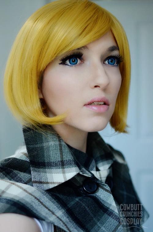 blonde bob